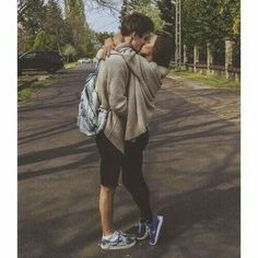 70 Sweet Teen Couple Goal Pictures For You To Try With Your Love - Page 21 of 70 - Chic Hostess Cute Relationship Goals, Couple Relationship, Cute Relationships, Healthy Relationships, Tumblr Couples, Teen Couples, Boyfriend Goals, Future Boyfriend, Boyfriend Girlfriend Pictures