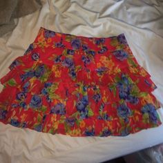Abercrombie and Fitch skirt Floral Ruffle skirt purchased from Abercrombie and Fitch. Worn 2 times. No trades please. Feel free to make an offer! Size medium reaches mid thigh Abercrombie & Fitch Skirts Mini