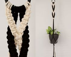 Macrame Plant Hanger Diy, Macrame Plant Hanger Patterns, Macrame Patterns, Hanging Fruit Baskets, Hanging Flower Pots, Macrame Projects, Craft Projects, Craft Ideas, Macrame Cord