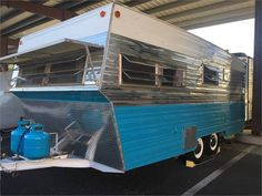 1971 Aristocrat Land Commander - Portland, OR Vintage Campers Trailers, Camper Trailers, Travel Trailers, Best Mens Luxury Watches, Camper Trailer For Sale, Outside Furniture, New Toilet, Exterior Siding, Go Camping