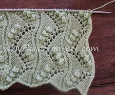 Lace Vertical Zig Zag with Bobbles Free Knitting Stitch by http://www.knitting-bee.com/
