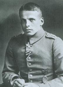 Early German Aces of WW1 | Oswald Boelcke, wearing the Blue Max
