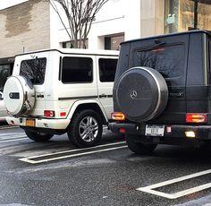 Mercedes Benz G Class, Mercedes Benz Cars, Mercedes G Wagon White, White G Wagon, Fancy Cars, Cute Cars, G Wagon Amg, Car Goals, Luxury Suv