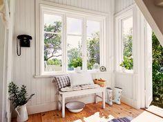 Jurnal de design interior - Amenajări interioare : Rustic scandinav într-o căsuță de numai 60 m²