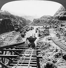 Panama Canal - Construction work on the Gaillard Cut is shown in this photograph from 1907.