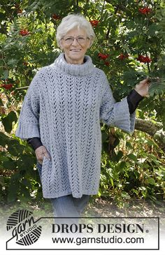 Beach Breeze - Knitted jumper with lace pattern, turtle neck and split in DROPS Air. Sizes S - XXXL. - Free pattern by DROPS Design Lace Knitting, Knitting Patterns Free, Free Pattern, Knit Crochet, Crochet Patterns, Drops Design, Magazine Drops, Sleeveless Tunic Tops, Garter Stitch