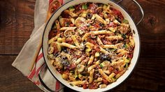 One Pot Mediterranean-style pasta My kind of recipes, easy, and it looks delicious!