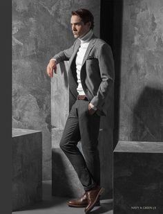 Ανδρικό σακάκι, παντελόνι και πουλόβερ Navy&Green από τη συλλογή City Elegance.