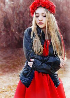 Red Dress. Aksinya Air. Sheinside, Chicwish, flower crown,  style, fashion.