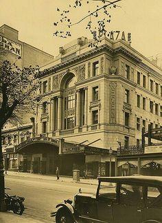Regent Theatre on Collins St, Melbourne in 1929.