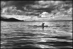 Lake Titicaca. Copacabana, Bolivia. 1997. © Raymond Depardon / Magnum Photos