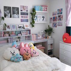 Room Design Bedroom, Small Room Bedroom, Room Ideas Bedroom, Bedroom Decor, Army Room Decor, Otaku Room, Neon Room, Pastel Room, Cute Room Ideas
