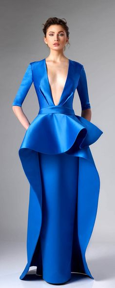 Resplendent peplum décolleté evening gown by Edward Arsouni Couture. Tantalizing yet demure slender elbow length evening gown by Edward Arsouni Couture. Couture Mode, Haute Couture Gowns, Style Couture, Couture Fashion, Ball Dresses, Ball Gowns, Structured Gown, African Wedding Attire, Fantasy Gowns
