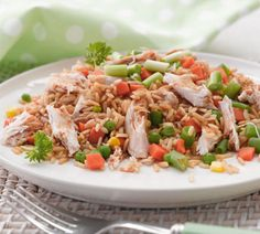 10 minute chicken fried rice - no dairy, high fibre, low fat, low sodium Gluten Free Cooking, Dairy Free Recipes, Rice Recipes, Chicken Recipes, Dinner Recipes, Cooking Recipes, Healthy Recipes, Healthy Foods, Dinner Ideas