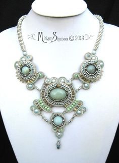 Soutache Mint Silver and Cream necklace by MiriamShimon on Etsy Beaded Jewelry Designs, Handmade Jewelry, Soutache Tutorial, Cream Necklaces, Ideas Joyería, Soutache Necklace, Passementerie, Bespoke Jewellery, Beaded Embroidery