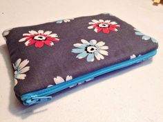 tutorial for zippered pouches/clutch