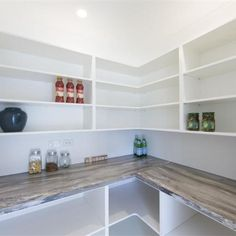 Homeowners and renovators are placing walk-in pantries high on their wish list m… Homeowners and renovators are placing walk-in pantries high on their wish list making this cost effective kitchen addition to hard to refuse. - Own Kitchen Pantry Kitchen Pantry Design, Kitchen Organization Pantry, New Kitchen, Kitchen Decor, Pantry Ideas, Pantry List, Organization Ideas, Pantry Cabinets, Pantry Room