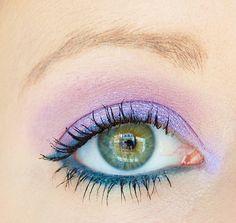 Maquillage Radiant Orchid et Vert Teal #blog #beaute #tuto #maquillage #makeup #yeux #couleur #colore #fard #ombre #paupières #violet #raadiantorchid #vert #teal #colorinfaillible #paradiseorchid #loreal #crayon #waterproof #sephora #fairytale http://mamzelleboom.com/2014/07/24/make-up-maquillage-radiant-orchid-vert-sapin-teal-crayon-contour-12h-waterproof-sephora/
