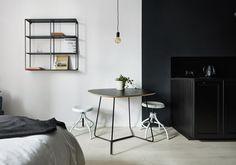 Black table Maple M05