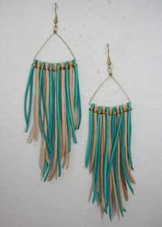 leather fringe...could do this with strips of fabric .......hmmm!!!