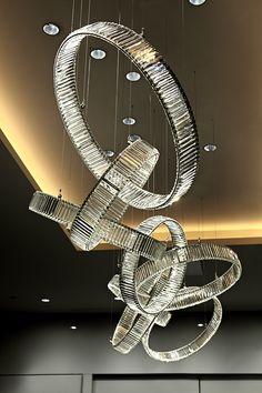 Golden Lighting Design Ideas for Modern Luxury Homes Luxury Chandelier, Luxury Lighting, Custom Lighting, Interior Lighting, Ceiling Lamp, Home Lighting, Chandelier Lighting, Lighting Design, Ceiling Lights