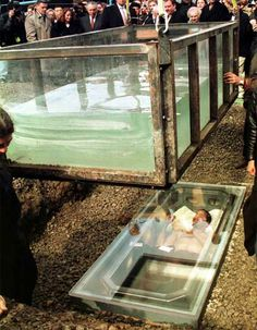 David Blaine successfully survived being buried alive from April 5 to April 12. A 3 ton clear plastic water tank was placed above the coffin carrying great magician David Blaine Alive. He performed this dangerous stunt to pay homage to fellow magician Harry Houdini who died and always wanted to perform this act. http://www.talizma.com/these-12-pictures-will-show-you-the-most-dangerous-stunts-of-all-time/