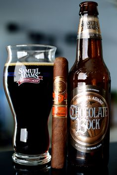 "ゝ。A Splendid Parring:→ A ""Padilla Artemis Cigar"" with a Refreshing ""Samuel Adams' Chocolate Bock. Cigars And Whiskey, Good Cigars, Pipes And Cigars, Samuel Adams, Smirnoff, Cigar Reviews, Beer Pairing, Dark Beer, Wine And Liquor"