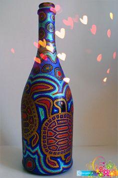 Painted Wine Bottles, Bottles And Jars, Bottle Painting, Dot Painting, Bottle Vase, Wine Bottle Crafts, Geometric Patterns, New Hobbies, Altered Art