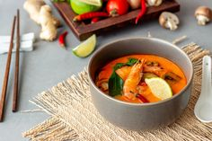what is thai tom yum - Google Search Thai Tom Yum Soup, Thai Red Curry, Google Search, Ethnic Recipes, Food, Essen, Meals, Yemek, Eten