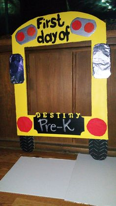 Malden School Bus Graduation Picture Frame Crafts For Children Pinterest Frames And