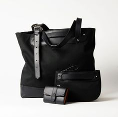 www.beatearens.com, collecton of bags with a focus to keep you organized, classic design, leather and canvas, tote bag, wallet, small organizer Bear, Tote Bag, Wallet, Canvas, Classic, Leather, Design, Fashion, Tela