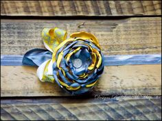 """""""Sunshine and Kisses"""" newborn tie back headband. Comes in sizes newborn and up."""
