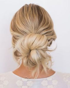If you're anything like us, you probably end up with your hair in a messy bun at least once per day. Here's some inspiration for the next time you do! #messybuns #lowmessybuns #hairstyleideas