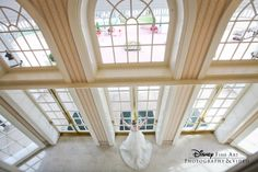 Try adding a different perspective to diversify your wedding album #wedding #Disney