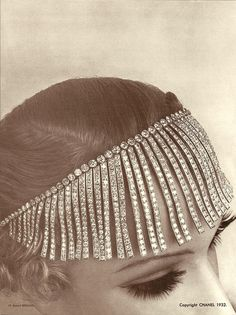 To celebrate the Anniversary of its Bijoux de Diamants exhibit, Chanel is debuting a new fine jewelry collection, aptly called the 1932 Collection. Retro Mode, Mode Vintage, Vintage Love, Vintage Beauty, Vintage Hats, Coco Chanel, Chanel Paris, 1930s Fashion, Vintage Fashion