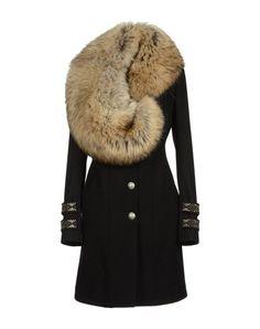 Philipp Plein couture coat I would Only wear faux fur Fur Fashion, Look Fashion, Fashion Outfits, Womens Fashion, Sporty Fashion, Winter Wear, Autumn Winter Fashion, Cool Coats, Looks Chic