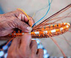 #artesaniasdecolombia - La maestría de las manos laboriosas de nuestros artesanos sello único en el mundo.