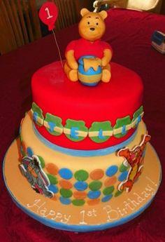 Winnie l'Ourson, Tigrou et Eyore trop Première gâteau d'anniversaire CustomDesignCatering.com par thebigbiglemon
