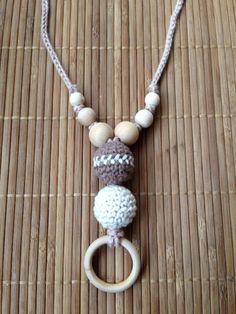 """Collar porteo y lactancia """"Marrón-Beige con raya en medio"""" http://www.portakanguritos.com/portakanguritos/5254086/collar-lactancia-y-porteo-2bolas-%28ver-modelos%29.html"""