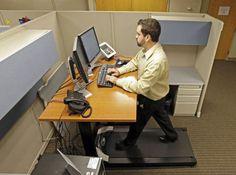 The Helpful of tabletop standing desk — Design Roni Young Posture Fix, Bad Posture, Treadmill Desk, Walking Treadmill, Sit Stand Desk, New Business Ideas, Desk Plans, Work Desk, Good Job