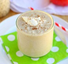 Creamy and delicious apple cinnamon smoothie made without bananas! This dairy-free, vegan drink makes a great, healthy breakfast. Apple Cinnamon Smoothie, Apple Pie Smoothie, Cinnamon Apples, Gluten Free Rice, Dairy Free, Smoothie Without Milk, Apple Breakfast, Banana Milk, Other Recipes