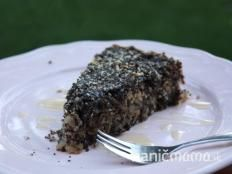 Sypaný makovo-orechový koláč s jablkami (zdroj: Naničmama. Clean Recipes, Sweet Recipes, Cooking Recipes, Healthy Recipes, Sweet Desserts, Dessert Recipes, Fitness Cake, Biscuits, Raw Vegan
