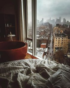 Rainy days in NYC (i.it) submitted by RPN to /r/CozyPlaces 0 comments original - Architecture and Home Decor - Buildings - Bedrooms - Bathrooms - Kitchen And Living Room Interior Design Decorating Ideas - Apartment View, London Apartment, Dream Apartment, Apartment Design, Coffee Shop Aesthetic, Cozy Aesthetic, Cozy Rainy Day, Rainy Days, Rainy Mood