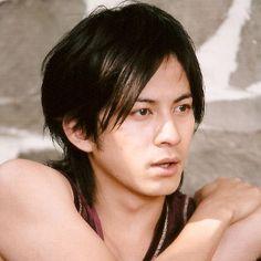 #birthday Oggi è il compleanno di Junichi Okada (V6). Tanti auguri! http://www.jmusicitalia.com/v6/membri/junichi-okada/