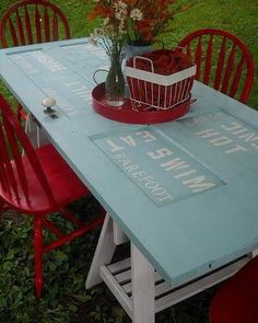 recycling-wood-doors-vintage-furniture-dining-tables-3