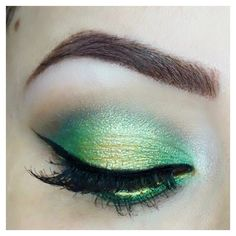 Green & Gold Halo Eye using the Morphe 35U palette