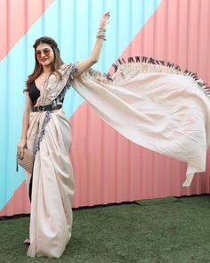 Indian Fashion Dresses, Dress Indian Style, Indian Designer Outfits, Indian Designers, Hijab Fashion, Men Fashion, Fashion Brands, Style Fashion, Latest Fashion