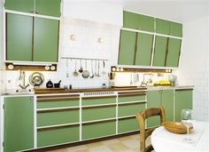 green retro kitchen