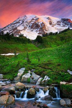 ✯ Dawn at Mount Rainier and Edith Creek in Mount Rainier National Park - Washington