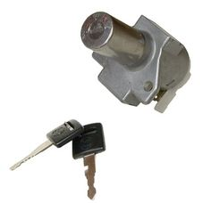 Emgo 40-15820 Replacement Ignition Switch. For product info go to:  https://www.caraccessoriesonlinemarket.com/emgo-40-15820-replacement-ignition-switch/